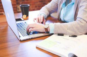 Keunggulan Bekerja Sebagai Freelancer